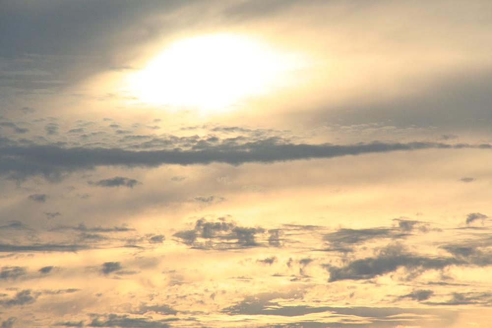 Après le noir de l'aven, le soleil des Grands Causses