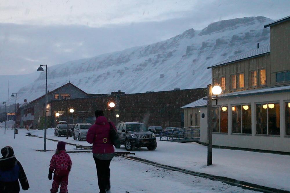 Longyearbyen's main street